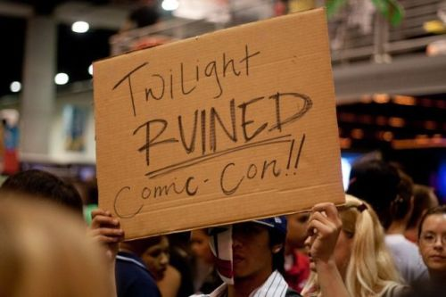 twilight ruined comic con