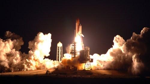 shuttle nigght launch