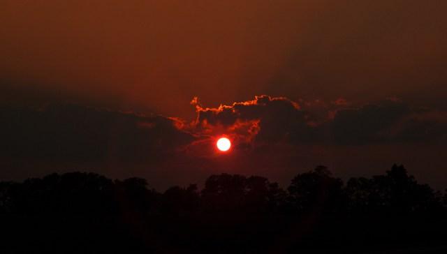 red sun wallpaper