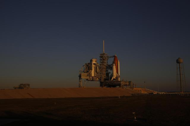 Discovery waits on Launch Pad 39A on Nov. 5