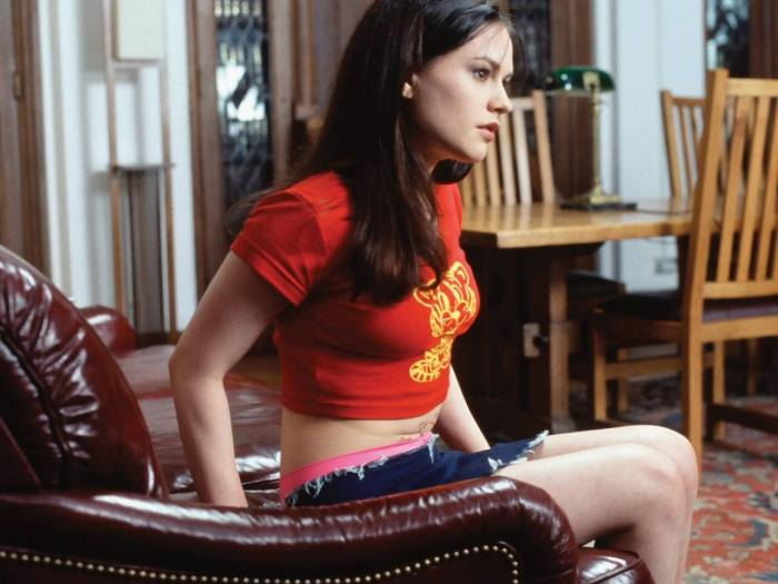 anna paquin in red