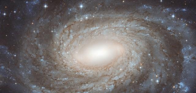 epic galaxy - ngc6384 hst 3871
