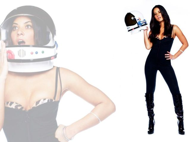 oliva munn in a cat suit and space helmet