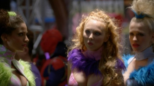 Molly Quinn   Castle s05e06  13  700x393 Molly Quinn   Cosplayer (from Castle s05e06)