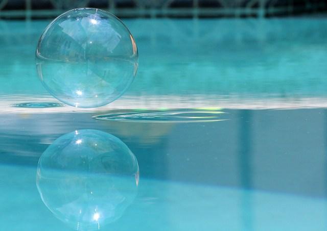 pool bubble.jpg