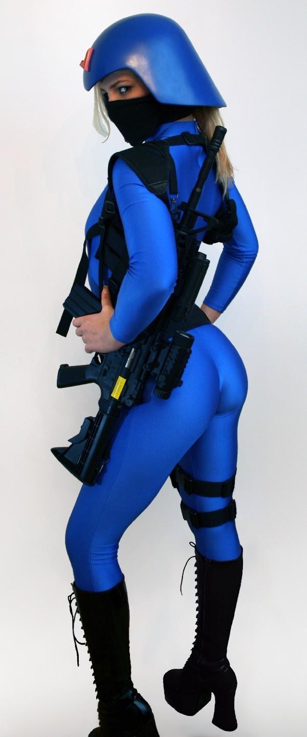 sexy cobra cosplay.jpg