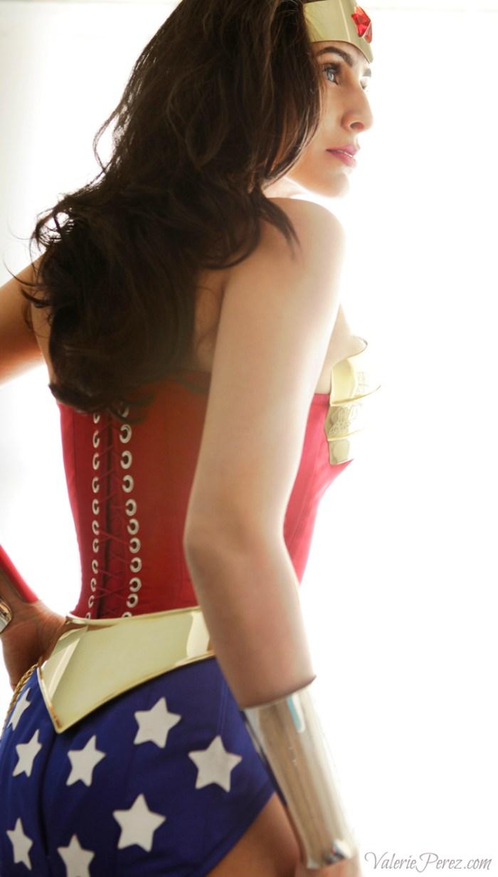 Wonder Woman from behind.jpg