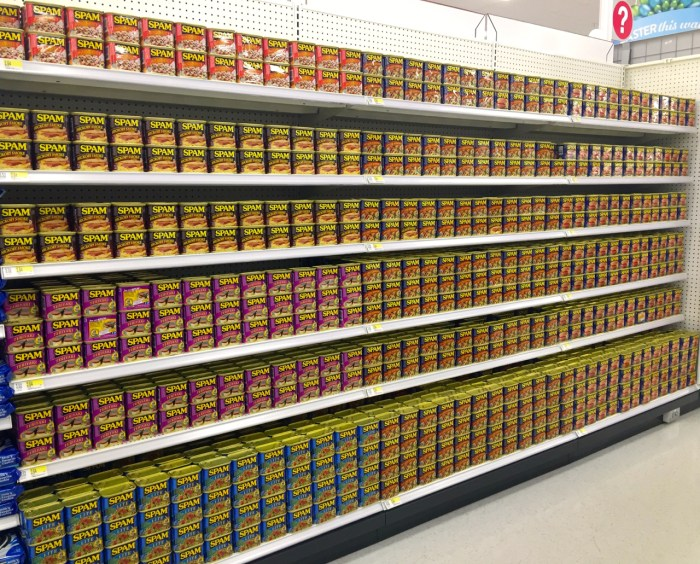 An aisle of SPAM in Kailua, Hawaii.jpg