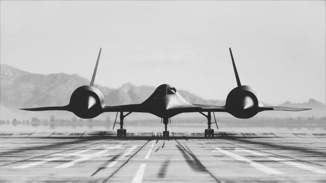 SR71 nose on.jpg