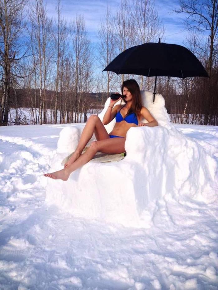 snow throne.jpg