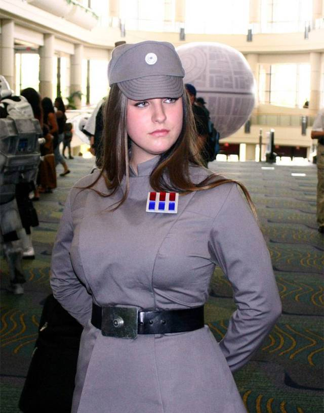 Female Imperial Cosplay.jpg