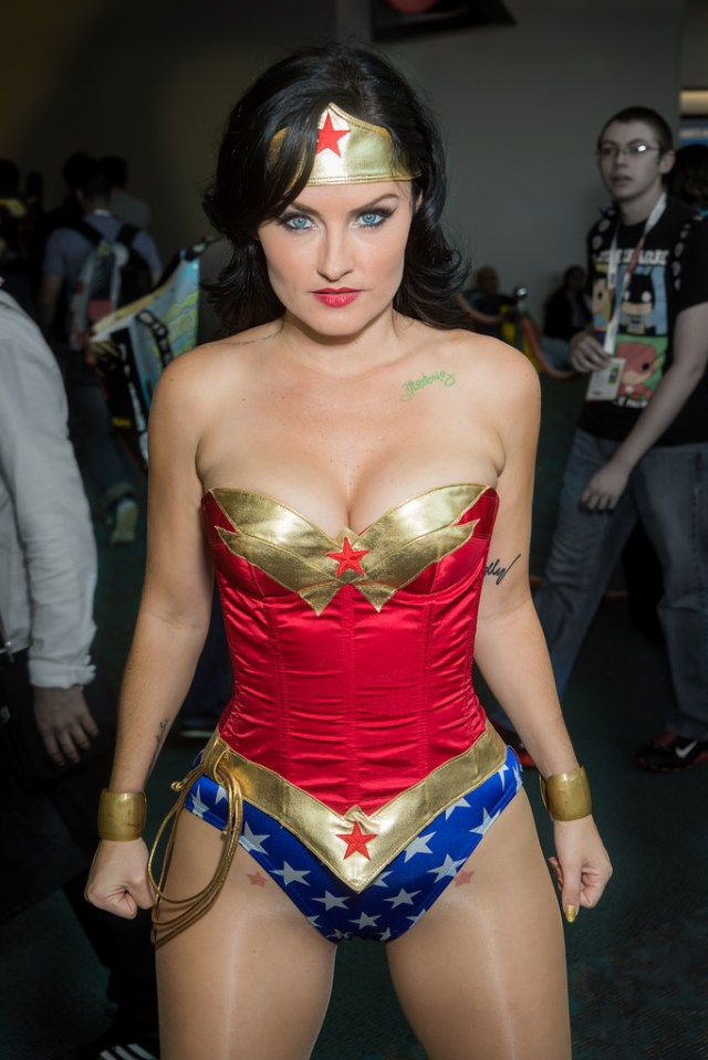 Wonder Woman cosplay by Jennifer Wenger.jpg