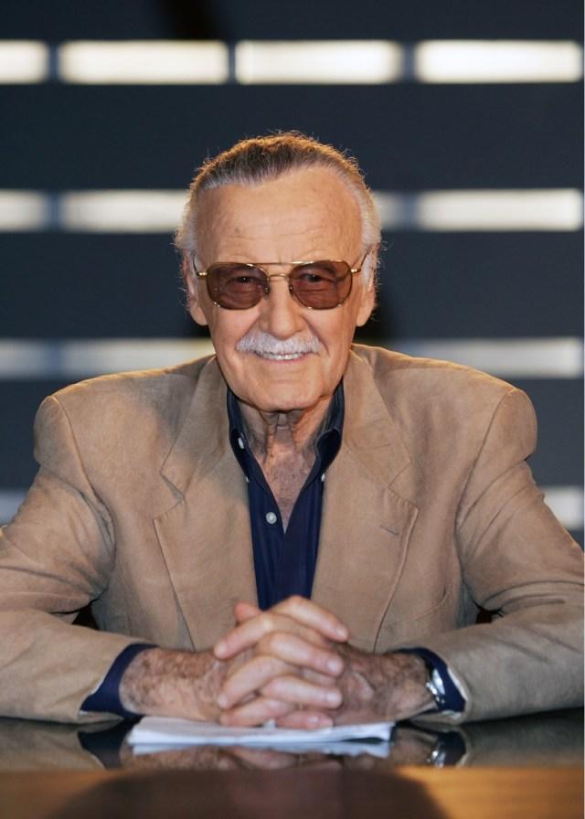 Stan Lee with glasses.jpg