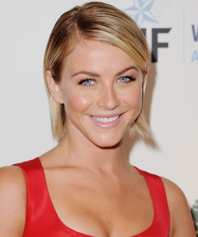 Julianne Hough in red.jpg