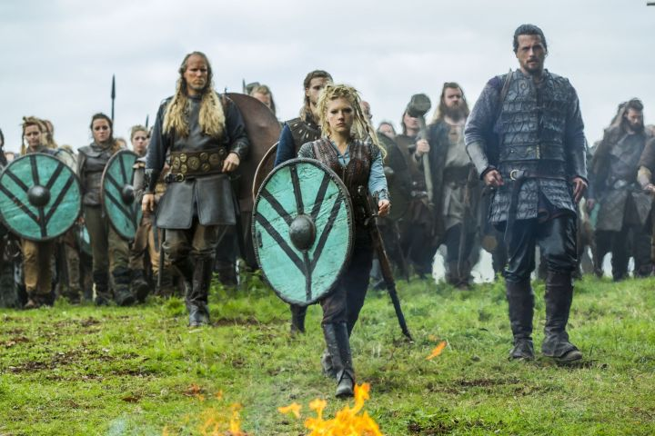 Lagertha With Shield.jpg