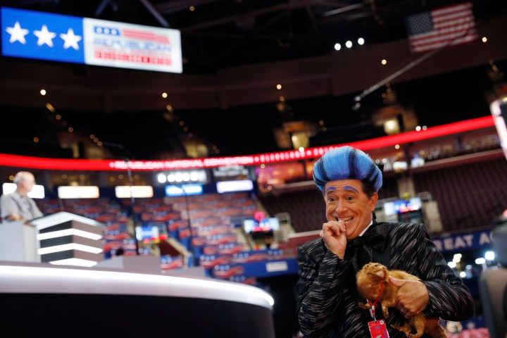 Stephen Colbert performs on the floor of the Republican National Convention.jpg