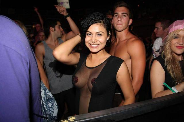 extremely perky tits in the club.jpg