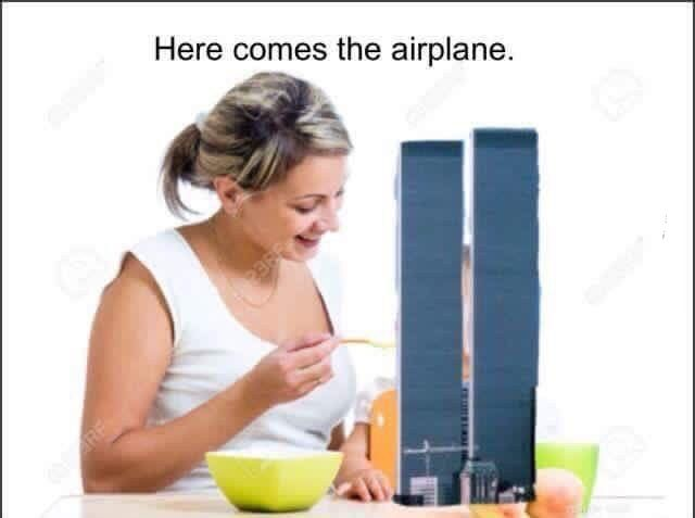 Here comes the airplane.jpg