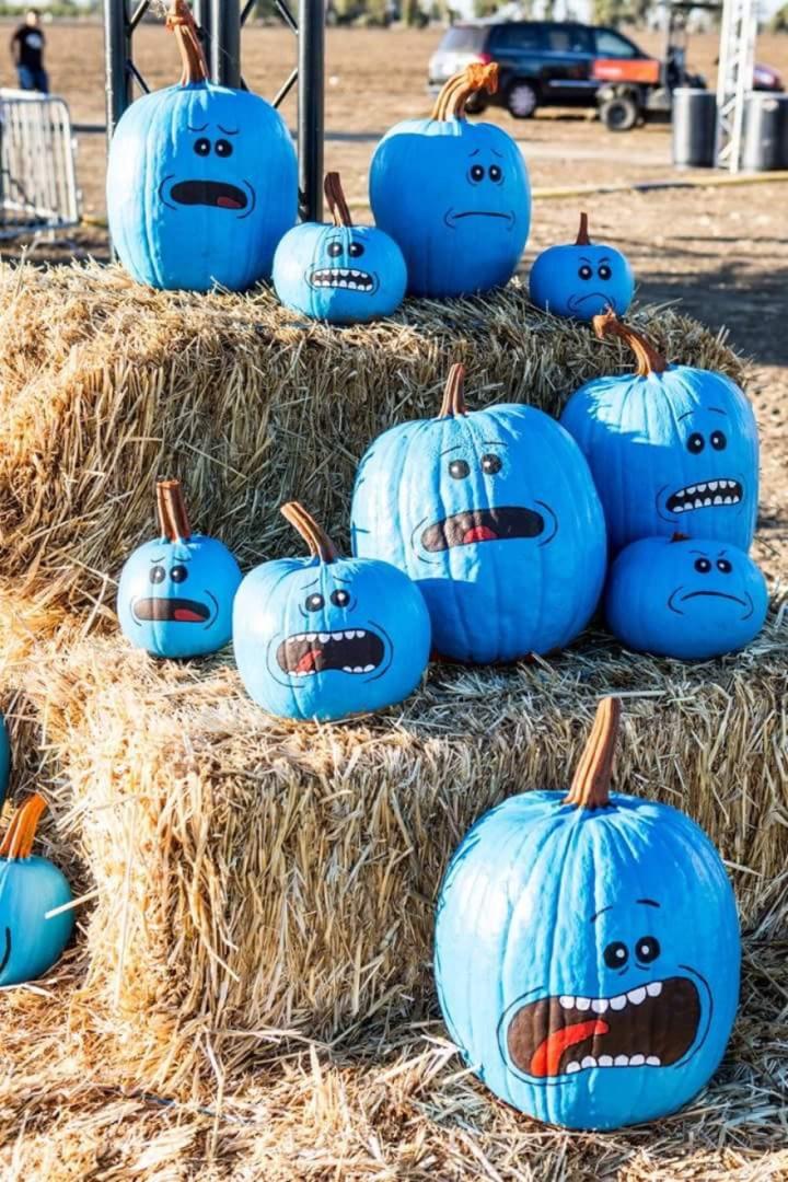 Meseeks Pumpkins.jpg