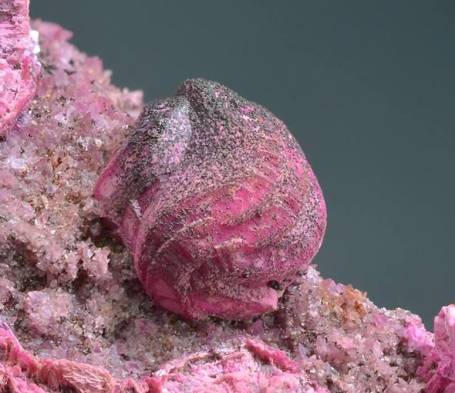 spherocobaltite-dolomite