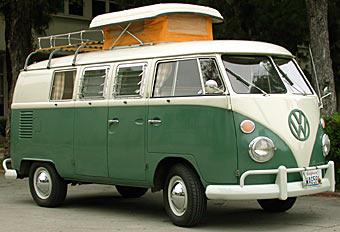 travel-1967-vw-type-2-westfalia-camper