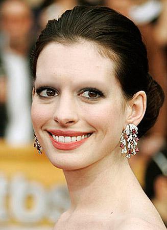 celebrities-without-eyebrows-L-LIBkKU.jpeg (22 KB)
