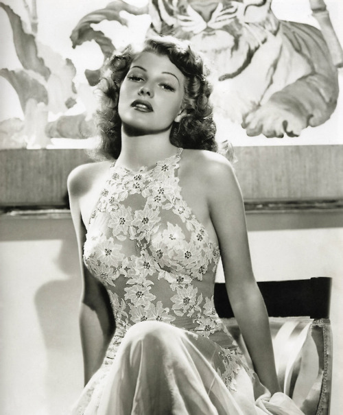Rita-Hayworth.jpg (86 KB)