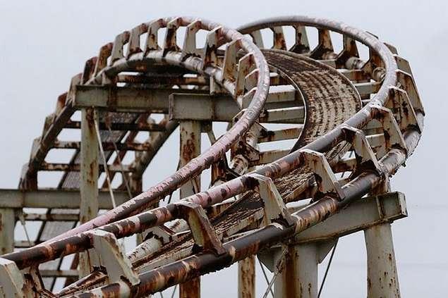 Abandoned-Roller-Coaster-1.jpg (44 KB)