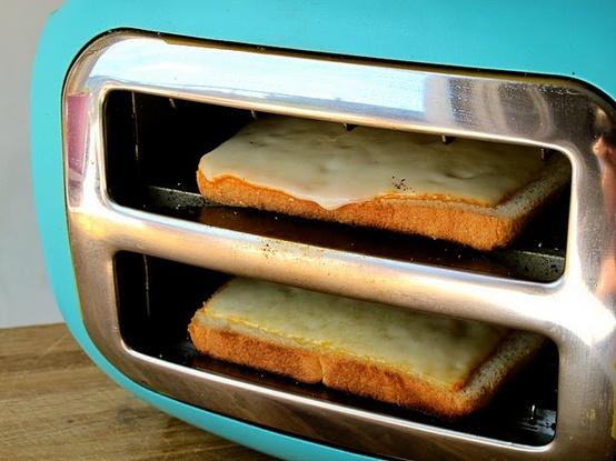 sideways-to-make-grilled-cheese.jpg (89 KB)