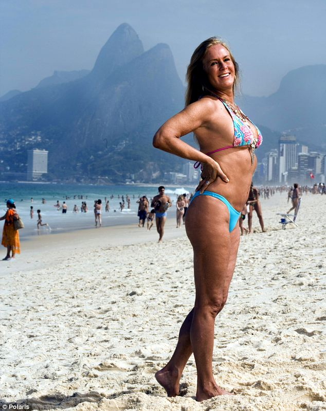Heloisa-Pinhero-The-Girl-From-Ipanema.02.jpg (98 KB)