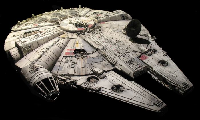 hd-desktop-wallpaper-star-wars-millenium-falcon-2865x1734-wallpaper.jpg (587 KB)