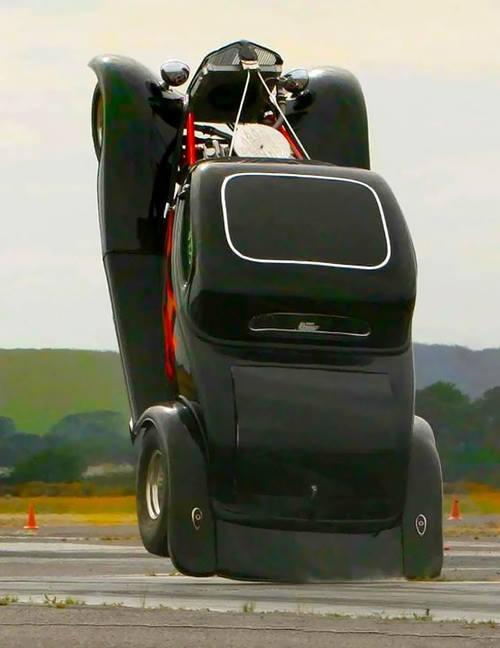 wheelie-1972269_10151939200746850_1688075839_n.jpg (31 KB)