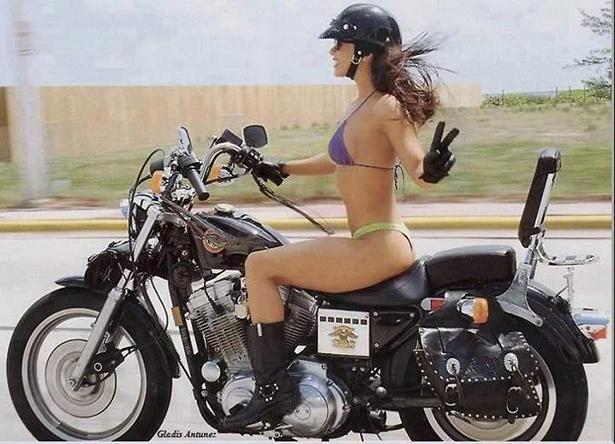 girl_and_motorcycle_009_01232014.jpg (224 KB)