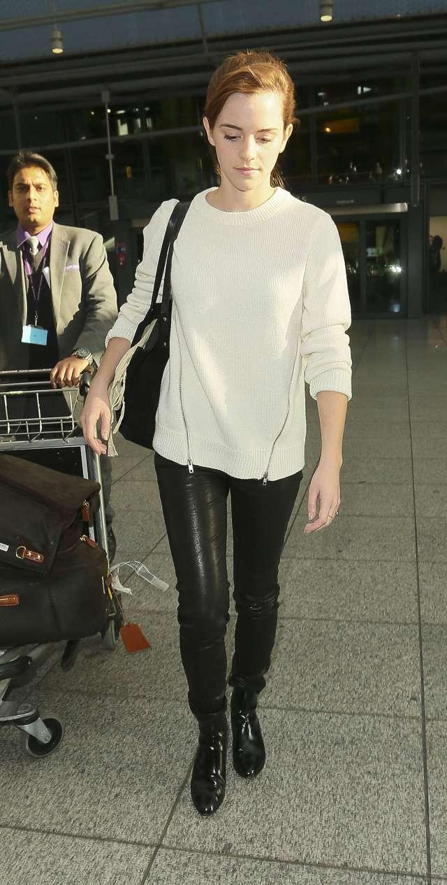 leatherpants.jpg (583 KB)