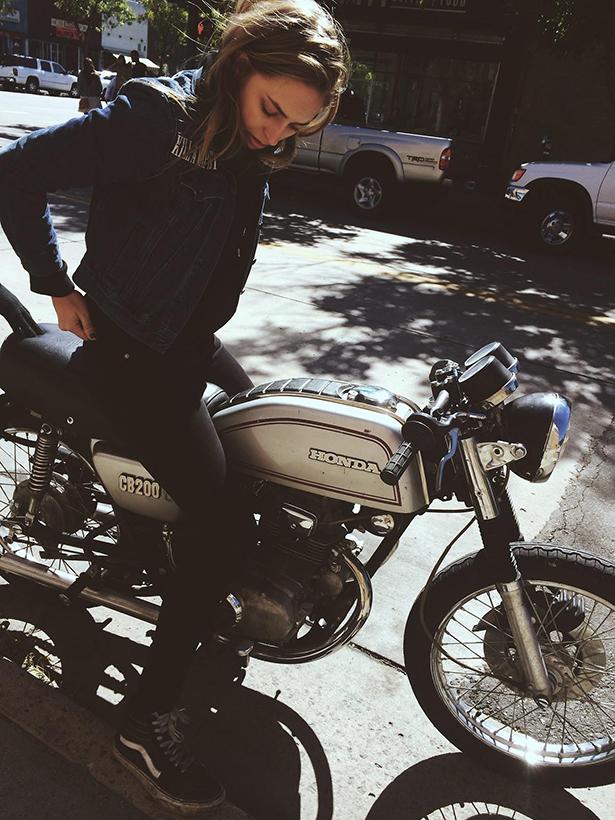 girls_vintage_bikes_003_10192013.jpg (397 KB)