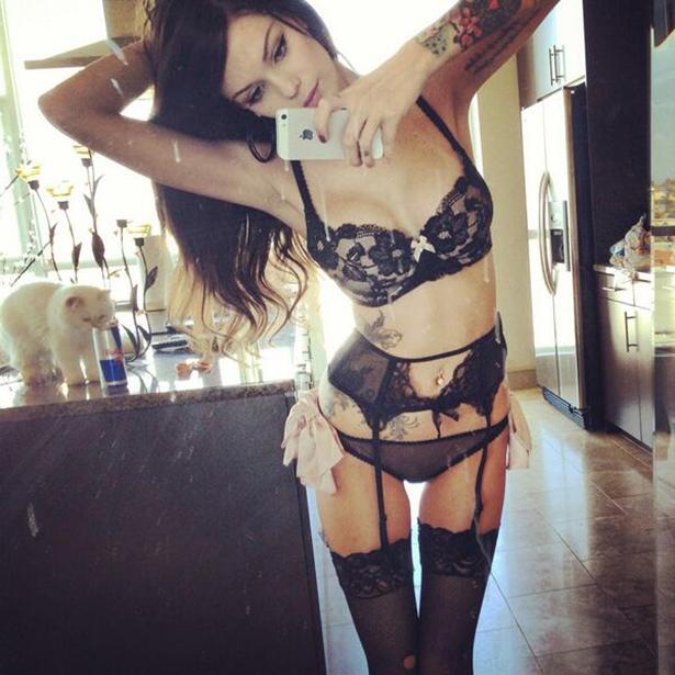 lingerie-friday-001-09262013.jpg (263 KB)