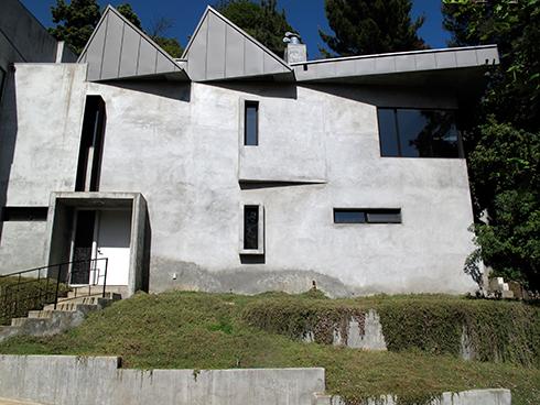 losthighwayhouse.jpg (191 KB)