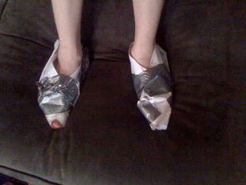 shoes4.jpg (155 KB)