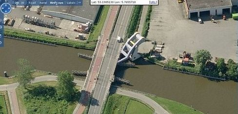 flying_bridge7.jpg (34 KB)