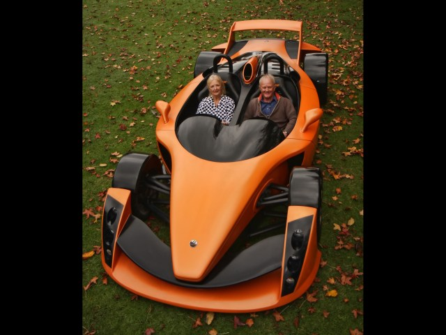 2010-Hulme-CanAm-SuperCar-Bear-1-Test-Car-Front-Angle-Top-1920x1440.jpg (548 KB)