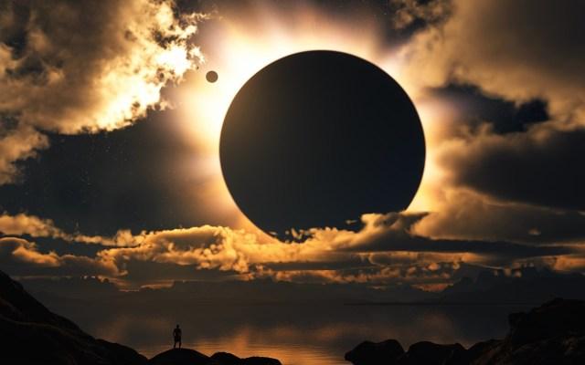 Moon_Shadow.jpg (325 KB)