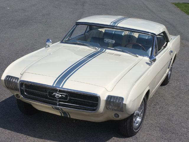 1963_Ford_Mustang-II_Prototype_01.jpg (65 KB)