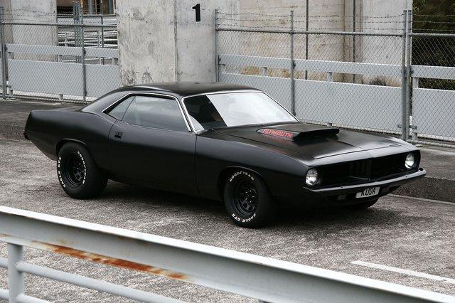 black_car.jpg (74 KB)