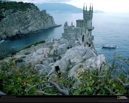neo-gothic-castle-raymer-438471-xl.jpg (344 KB)