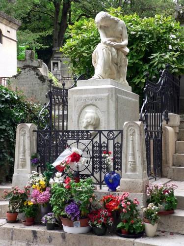 Pere-Lachaise_Chopin_grave.jpg (986 KB)