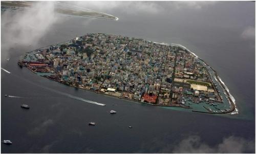 Island.jpg (66 KB)