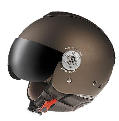 diesel-helmet-3.jpg (21 KB)