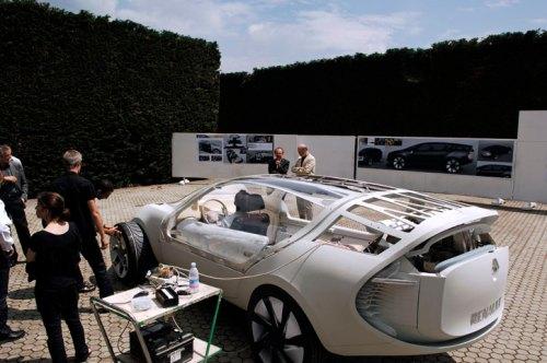 MGX_Renault_Car_Ondelios_yatzer_14.jpg (86 KB)