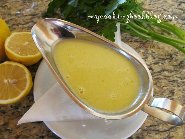 Ладолемоно (Λαδολέμονο) или сос от лимонов сок и маслиново олио