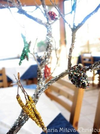 Декоративно Дръвче за Коледна Украса от Природни Материали